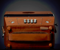 French artisanal accordion - 21 buttons - 2 voices